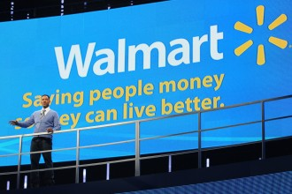 Walmart associates from around globe gather during the 2011 Walmart Shareholders' Meeting. (photo by Spencer Tirey, Tirey Photography)